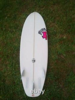 NICE 5'6. Lost Short Round Surfboard